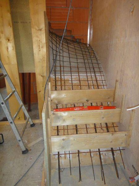 H int rieur escalier at construction d une maison for Construction escalier beton interieur